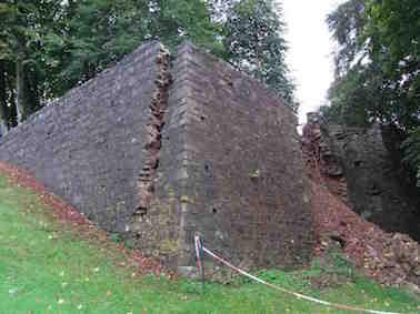 Mur du vieux chateau